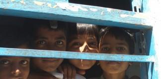 slum kids in India